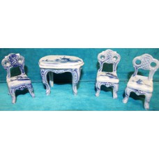 Blue Meissen porcelain (20ᵉ century) Miniature 3 chairs with table with decoration of mill and boat