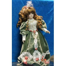 Doll (20ᵉ century) Girl dressed up with shoes and with feathers in her hair