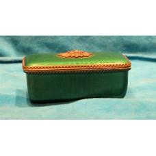 Evans Enamel (20ᵉ century) Decorative box on the lid a crystal stone