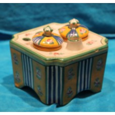 Aladin France Polychrome earthenware (19ᵉ century) Square inkwell with holder
