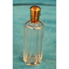 Crystal with gold (19ᵉ century) Perfume bottle with stopper and sealed by a gold cap pressure