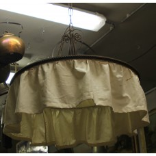 Art Deco Fabric and Iron (20ᵉ century) Hanging lamp round iron and furnished complete with chain and ceiling plate