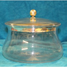 JG & S Glass & Silver (19ᵉ century) Scale with silver lid engraved with leaf motif