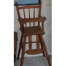 Wood (19ᵉ century) Furniture High chair provided with movable footrest