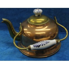 Copper (19ᵉ century) Kettle with porcelain handle and knob on the lid