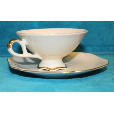 Bavaria 039 (20ᵉ century) Cup and saucer with 24 carat gold leaf and flower decor