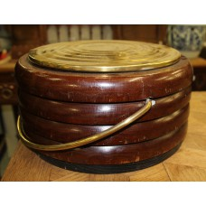 Wood brass (20ᵉ century) Foot warmer with copper water barrel