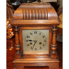 Wood (Begin 20ᵉ) Table Clock Half and hour drums, made of oak