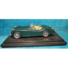 Bburago Kit (20e century) Toy Jaguar XK120 Roadster 1948