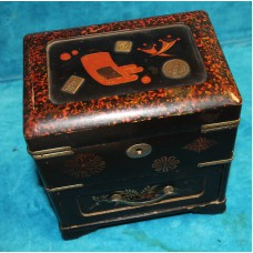 Japanese (19ᵉ century) Casket Jewelery lacquer cabinet with drawer and 2 compartments
