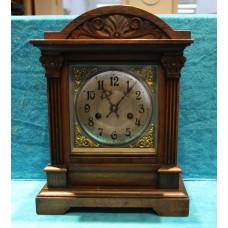 German (20ᵉ century) Wood. Table clock